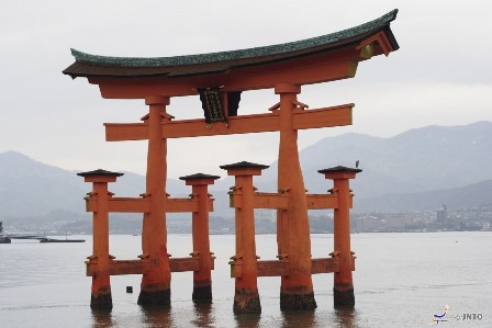 Itsukushima Shrine Autumn web