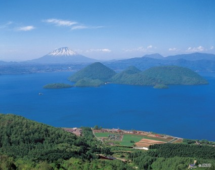 Lake Toya web